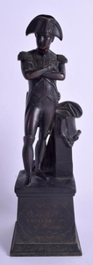 A 19TH CENTURY FRENCH BRONZE FIGURE OF NAPOLEON