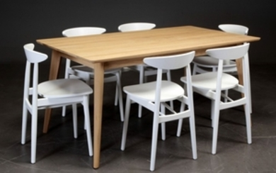 Dining table 'Dan' in oak and six 'Teo' chairs (7)