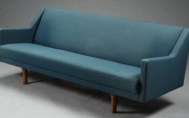 Illum Wikkelsø. Three-seater sofa