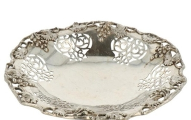 Bonbon dish with soldered vines and partially openwork silver.