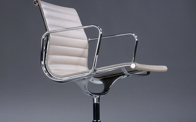 Charles Eames. Armchair from the series 'Aluminium Group' model EA-108