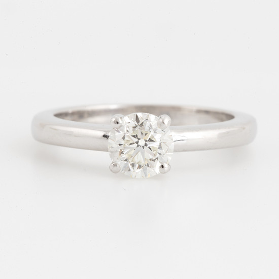 Solitaire diamonr ring 1,03 ct with GIA certificate |