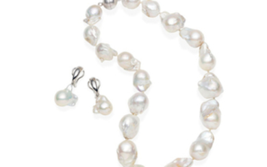 A cultured pearl necklace and pendent earrings