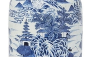 A large Chinese porcelain canister, early 19th...