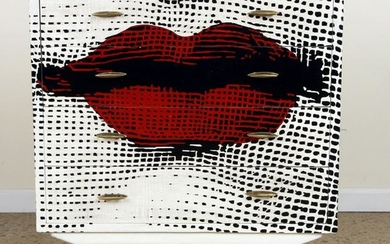 FOUR DRAWER CHEST PAINTED LIPS CIRCA 1960