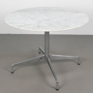 Ray & Charles Eames, Tisch / Marmortisch Modell 'Segmented table', Vitra, Entwurf 1964