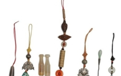 (8) Toggles & Other Items, 19-20th Century