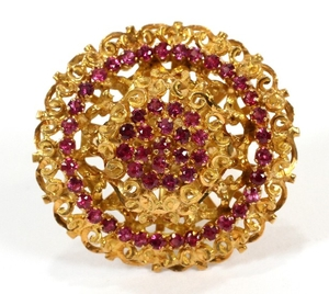 18KT YELLOW GOLD AND SAPPHIRE DOMED CLUSTER RING DIA 1