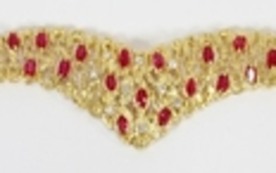 5.50CT NATURAL RUBY .50CT DIAMOND G VS 18KT GOLD CHEVRON BRACELET T.W. 46.2 GR
