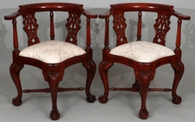 CHIPPENDALE MAHOGANY PAIR OF CORNER CHAIRS 33 29.5