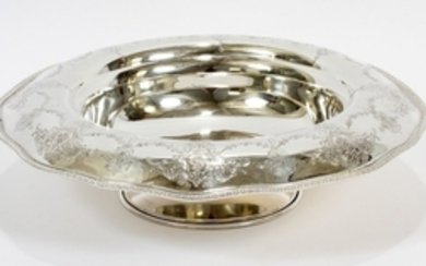 WALLACE STERLING SILVER CO CHASED FOOTED STERLING BOWL 3.75 DIA 13.5