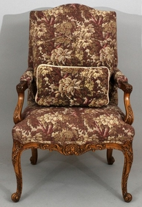 BAKER CARVED WOOD TAPESTRY UPHOLSTERED ARM CHAIR 44 27.5