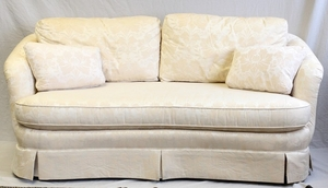 BAKER UPHOLSTERED LOVE SEAT 30.5 73.5 37.5