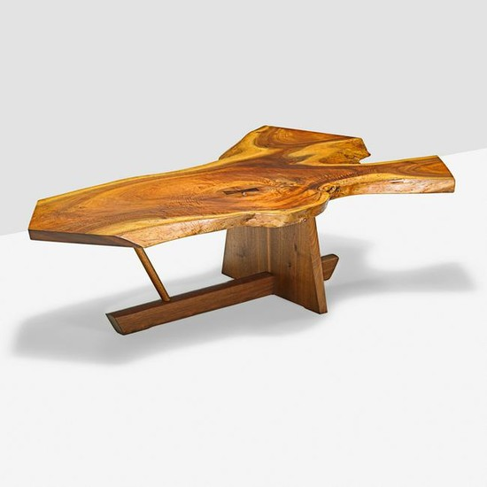 GEORGE NAKASHIMA Exceptional coffee table