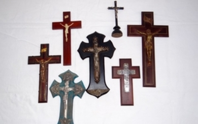 7 PC. MISC. LOT OF RELIGIOUS CRUCIFIXES