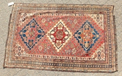 A VERY FINE ANTIQUE PERSIAN QASHQAI TRIBAL RUG, the