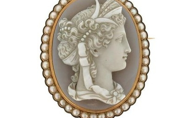 A Victorian hardstone cameo brooch, depicting Ceres in...