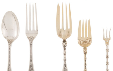 A Forty-Piece Whiting Manufacturing Company Assembled Silver Flatware Service (late 19th centur)