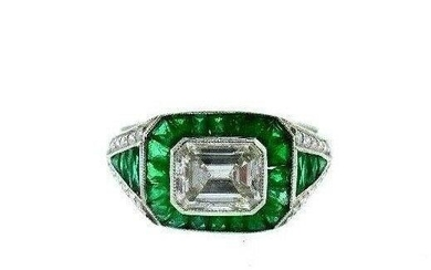VINTAGE Platinum, Emerald & Diamond Engagement Ring Art