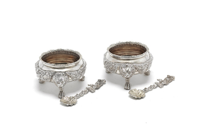 A good pair of Victorian silver salts