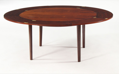 Dyrlund. Round dining table, Model 'flip-flap'