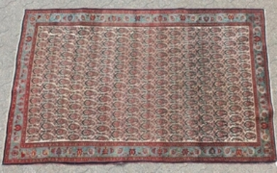 A GOOD ANTIQUE PERSIAN BIDJAR RUG with an allover