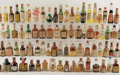 LARGE LOT OF VINTAGE MINIATURE LIQUOR BOTTLES.