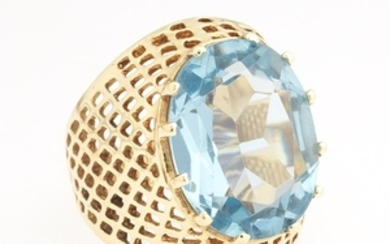 Ladies' Gold and Topaz Ring