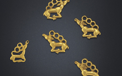 FIVE SMALL GOLD 'STAG' PLAQUES, NORTHEAST CHINA, 6TH-5TH CENTURY BC