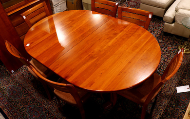 (lot of 8) Moderne dining suite executed in cherry