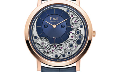 PIAGET ALTIPLANO ULTIMATE AUTOMATIC At only 4.30mm thick, the Altiplano Ultimate Automatic is one of the thinnest mechanical watches in the world, with its 910P movement and case forming an indivisible whole.,