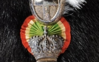 A CAVALRY NC-OFFICER'S BEARSKIN OF THE 19TH LIGHT CAVALRY GUIDE REGIMENT