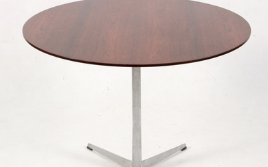 Arne Jacobsen. Dining table in rosewood and aluminium