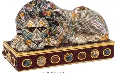 58031: Judith Leiber Crystal Lion Minaudiere Condition: