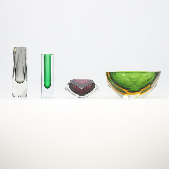 "Three vases and a centrepiece in polychrome ""sommerso"" crystal by Flavio Poli, circa 1960."