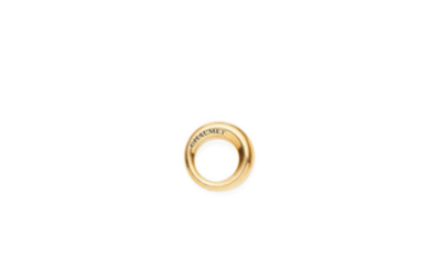 A gold ring,