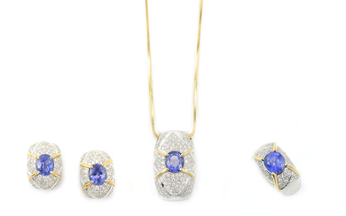Parure of white and yellow gold ring, earrings and necklace with diamonds and tanzanites