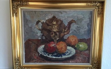 Mogens Vantore: Still life with a teapot and fruits. Signed Vantore. Oil on canvas. 38×48 cm. Frame size 52×62 cm.