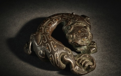 A RARE GOLD AND SILVER-INLAID BRONZE MYTHICAL BEAST WESTERN HAN DYNASTY