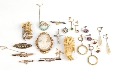 A Quantity of Jewellery; including four early 20th century seed...