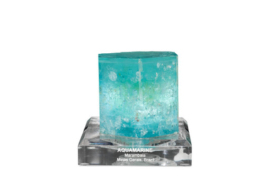 Large and Impressive Aquamarine Crystal with Enhydro