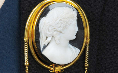 A late Victorian 18ct gold onyx cameo brooch, depicting