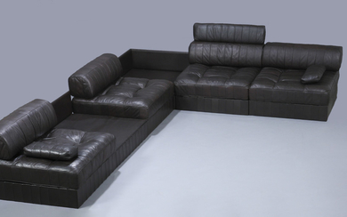 De Sede. Freestanding lounge sofa set, Model DS-88, brown leather (6)