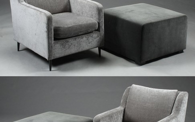 A pair of lounge chairs as well as a pair of stools (4)