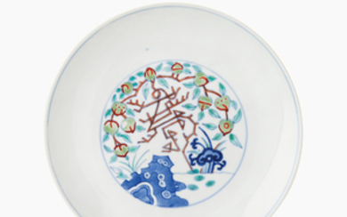 A doucai 'shou and peach' dish, Tongzhi six-character mark and of the period.