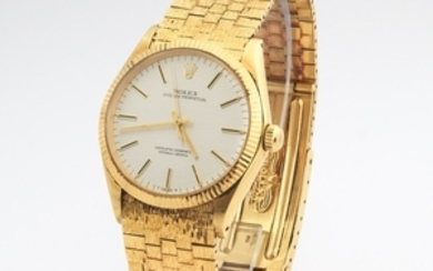 Gentlemen's Rolex Solid 18k Gold Oyster Perpetual Superlative Chronometer