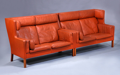 Børge Mogensen. Four-seater freestanding compartment sofa (coupé), Model 2194, cognac-coloured leather (2)