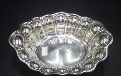 Sterling silver serving bowl marked to base and '925 Fine,' ...