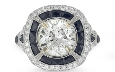 Stunning Diamond and Black Spinel Ring