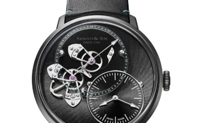ARNOLD & SON DSTB ONLY WATCH The dial-side true seconds mechanism already marked the DSTB out as unique. But the Only Watch edition also allows its owner to personalise the complication's characteristic true seconds counterweight.,